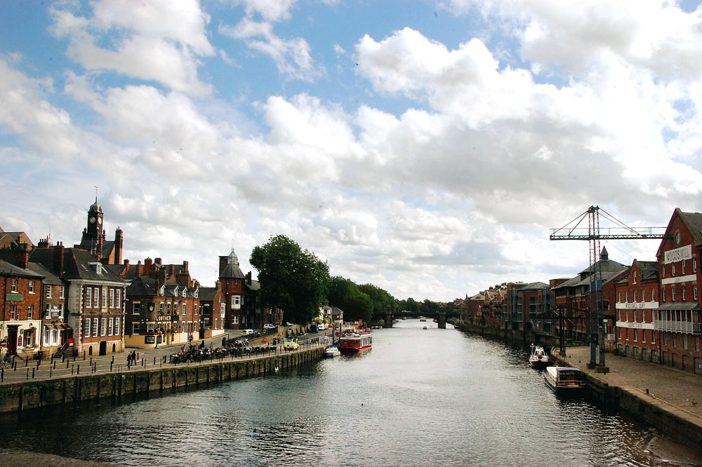Town you must visit in England | Travel Blog| olgatribe.com #england